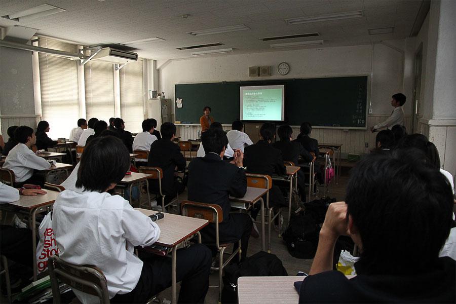 上田さんの講義の様子