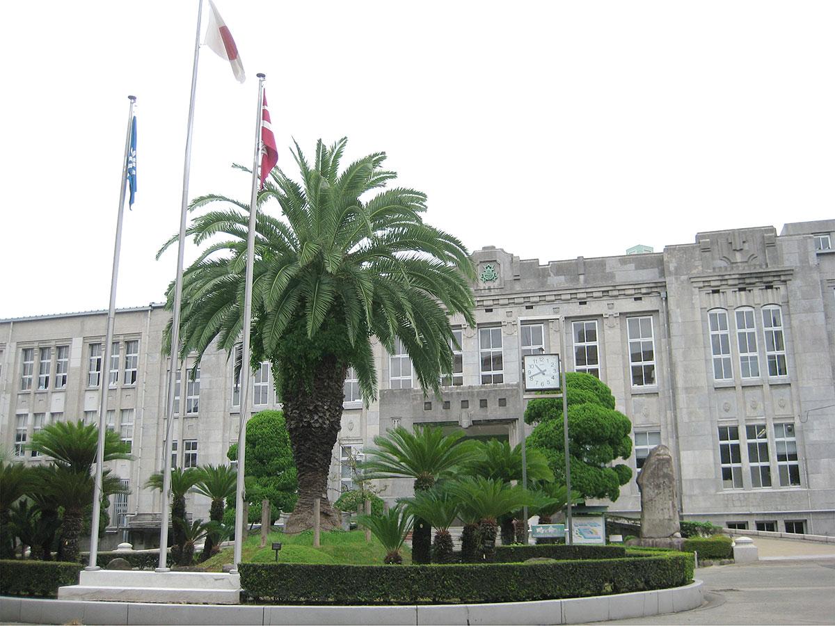 3月12日(月)、福岡高校の校舎が県の有形文化財に指定されました – 福 ...